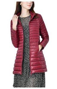 Abrigo de plumas Zhuikun largo de color vinotinto, ideal para lucir un plumífero elegante en invierno, con bolsillos laterales.